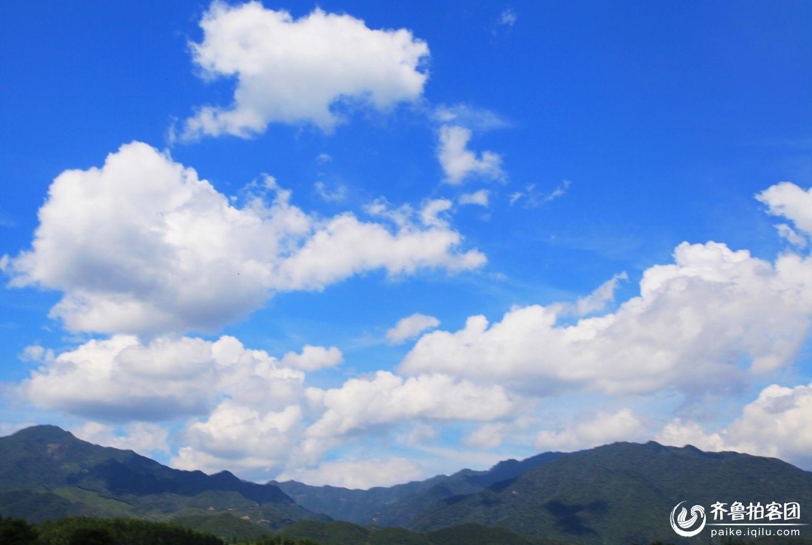临沂拍客 69 蓝天白云  分享到:qq空间新浪微博腾讯微博人人网微信
