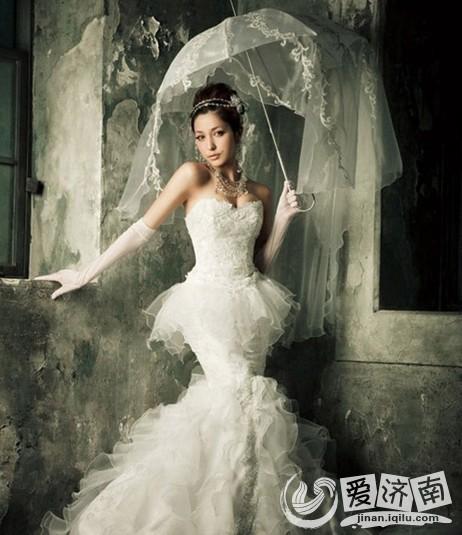 选购婚纱摄影注意事项_新娘选购婚纱的注意事项
