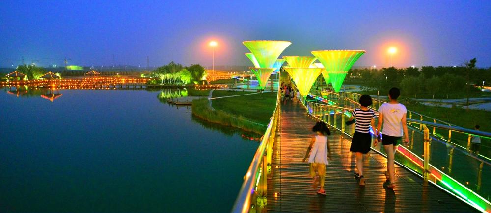 《绚丽之夜》2012-711 20:58拍摄于东营文化公园