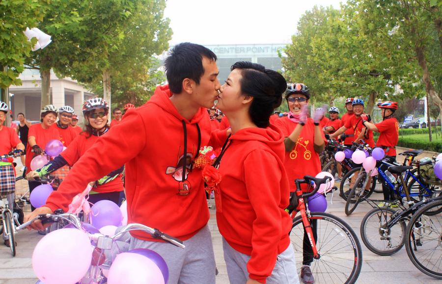 幸福的吻,于鹏.JPG