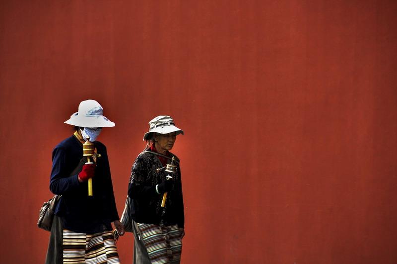 5尹衍河网名:河边杨柳-《街拍藏民 》1.jpg