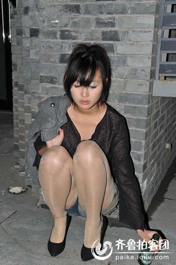 实拍醉酒美女美女醉酒图片喝醉酒的美女  竖