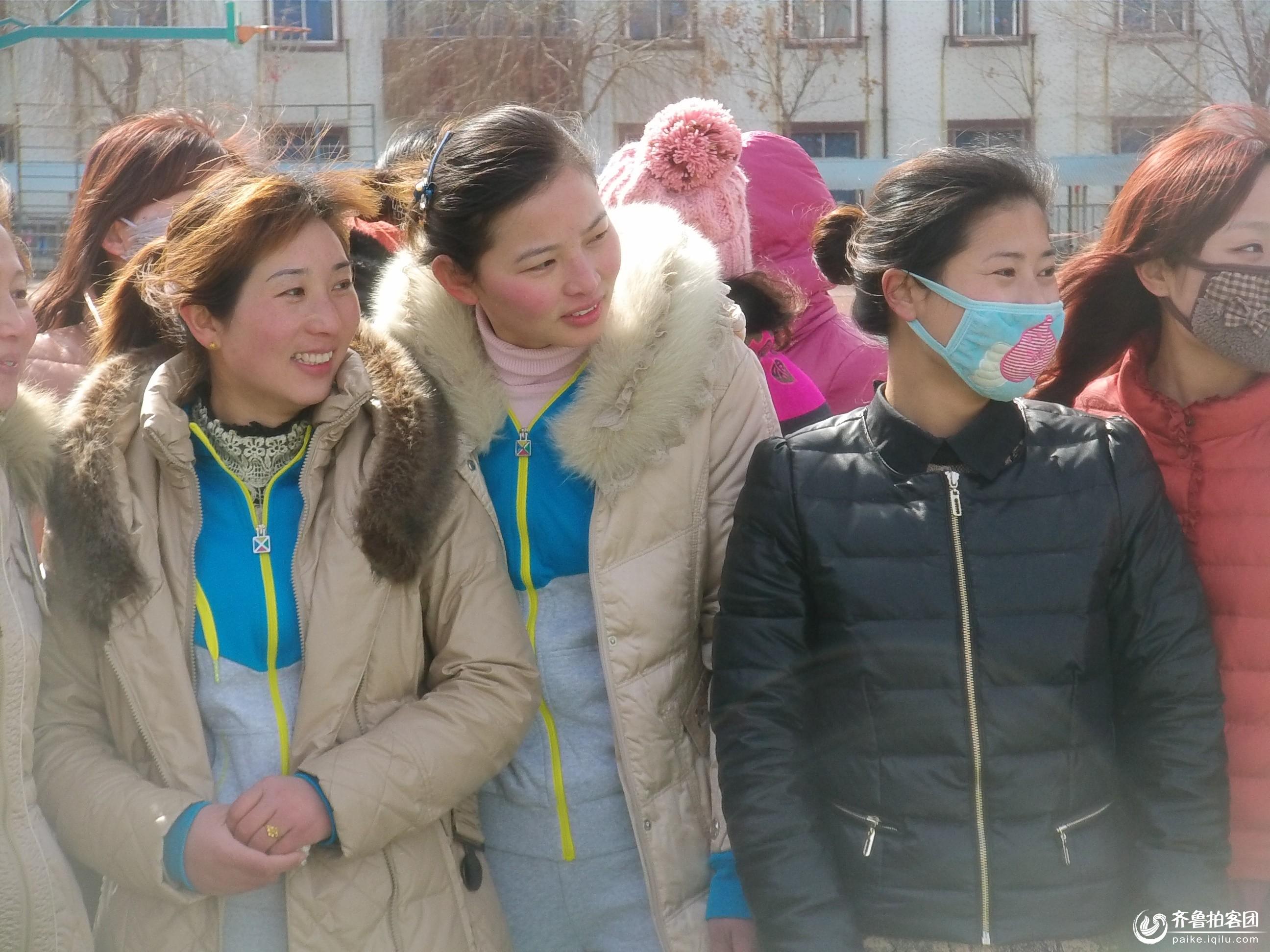 成武县三八妇女节拍美女