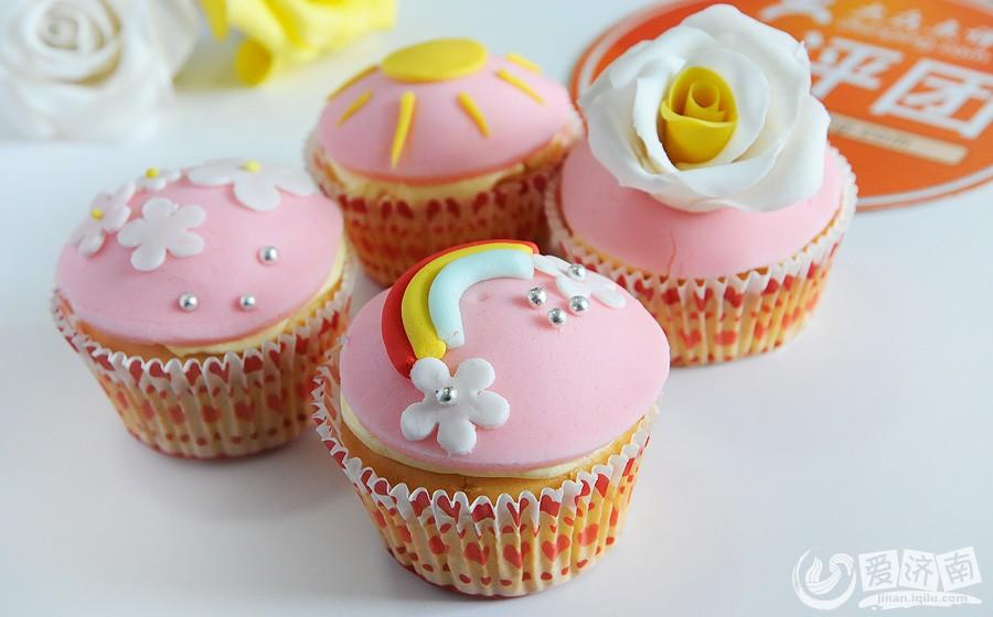 爱梦享翻糖蛋糕工作室招募免费diy的家庭啦
