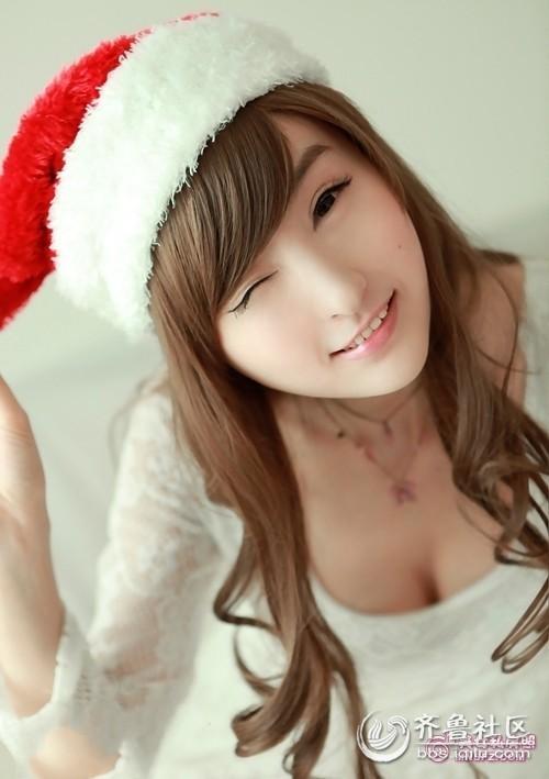 美女彤彤圣诞装 校园美女 齐鲁
