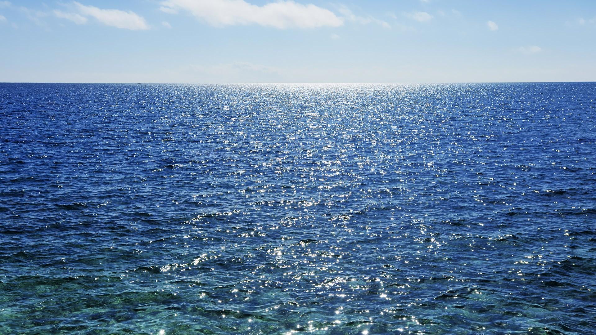 大海海滨高清桌面壁纸