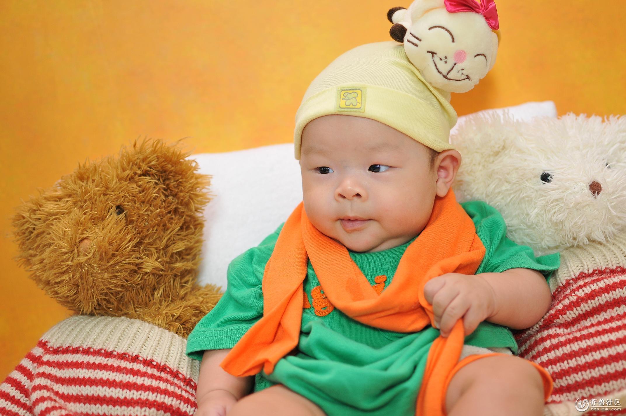 我家的可爱单眼皮小男生--王枫源