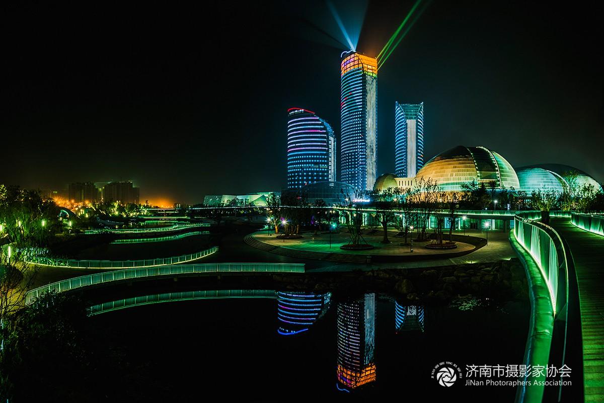 69 济南市摄协官方论坛 69 天桥区 69 省会艺术中心三馆 夜