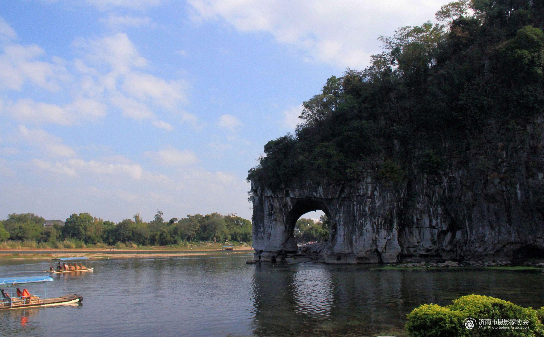 桂林象鼻山.jpg