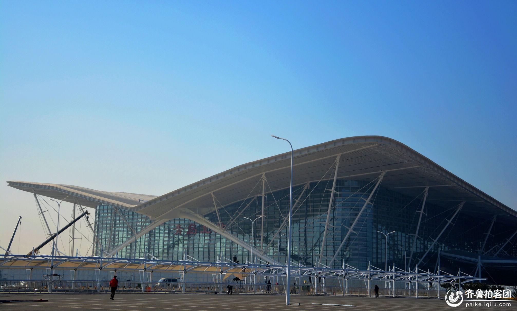 青岛北站主体为钢结构建筑