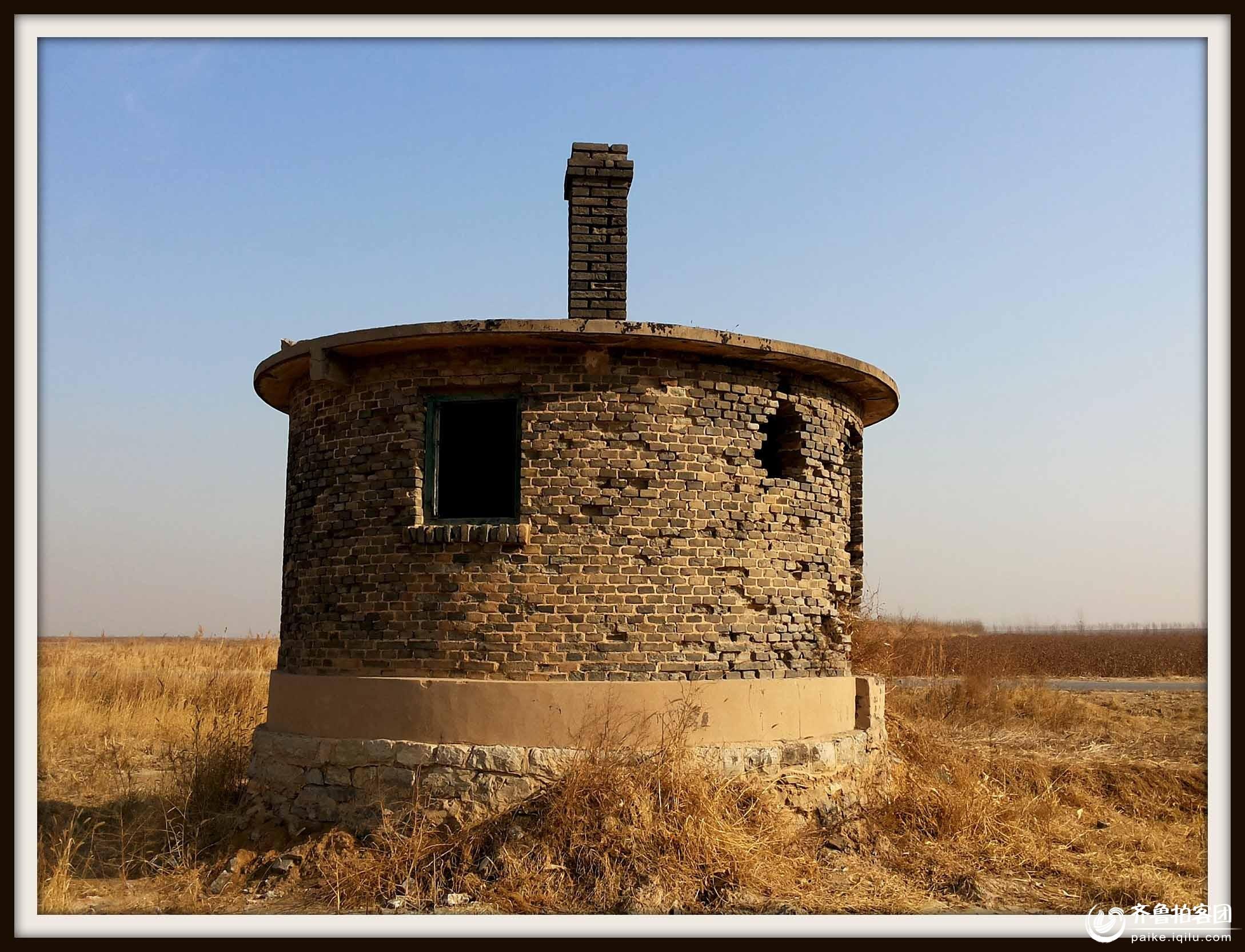 大孤岛马场废弃的水塔