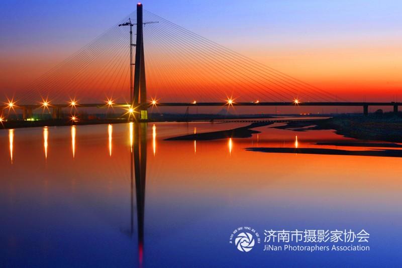青银高速济南黄河公路大桥1.JPG