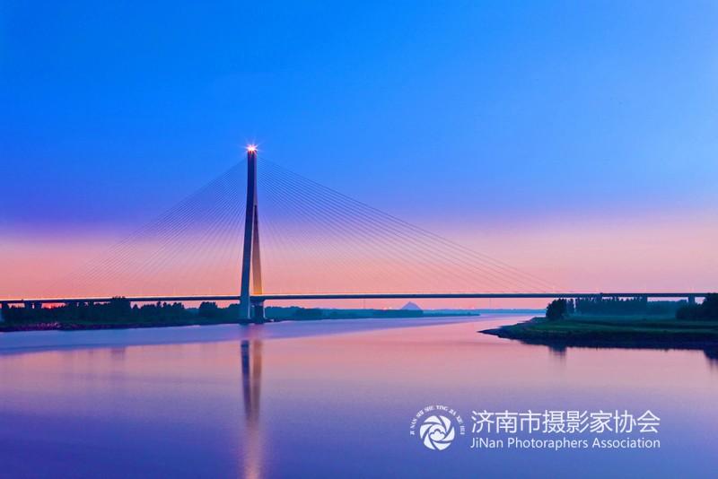青银高速济南黄河公路大桥2.jpg
