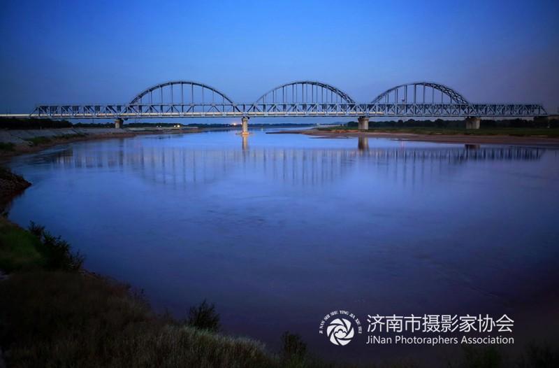 济南黄河高铁大桥2(王亮朝)x.jpg