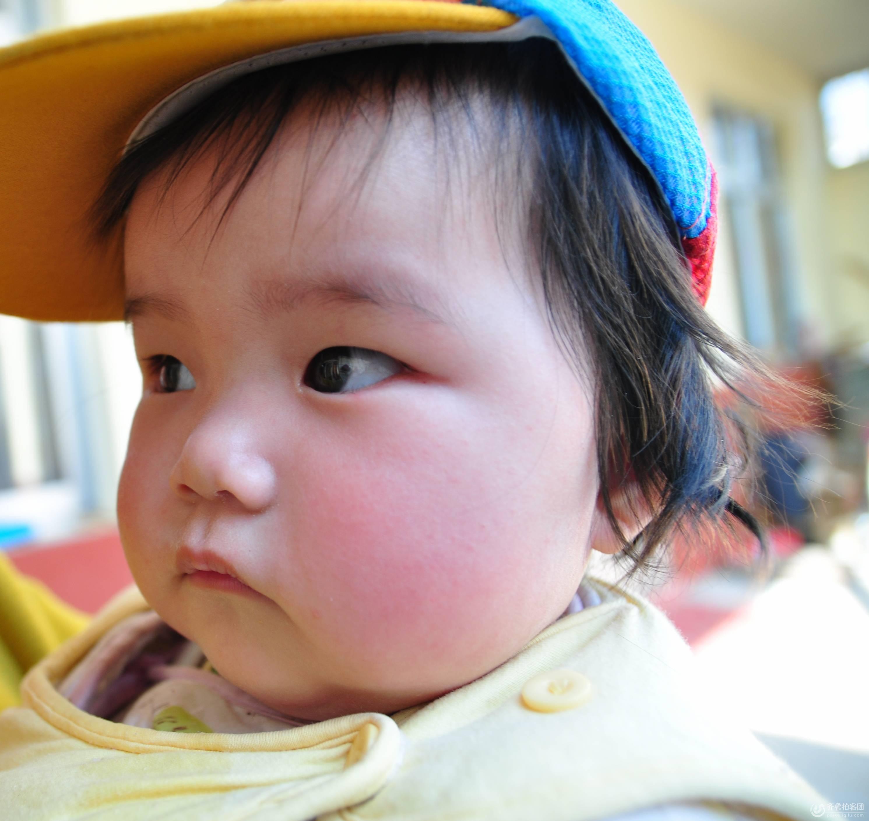 小宝宝六个月