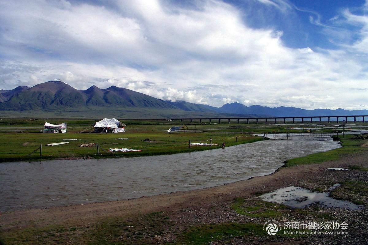 走进西藏--青藏铁路风光1