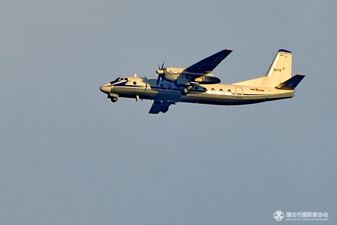 航行在天空中的飞机 - 潍坊市摄协官方论坛 - 齐鲁