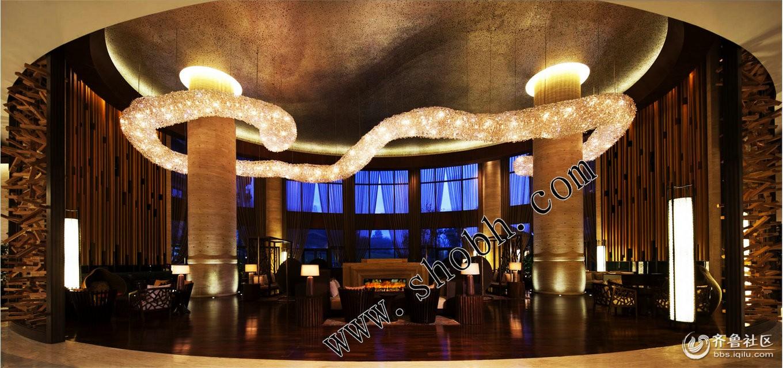 万达威斯汀度假酒店大厅休息区套房客房壁炉装饰设计效果