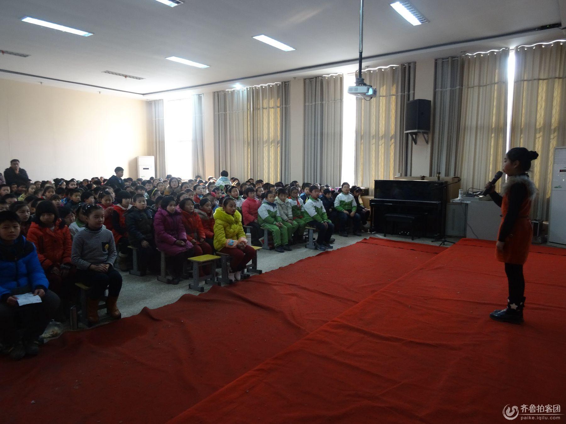 单县开发区实验小学举办 校园安全演讲比赛 剪影图片
