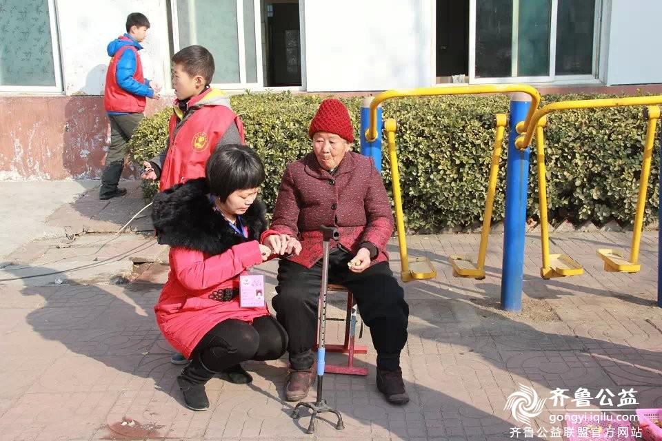 关爱孤寡老人活动总结图片