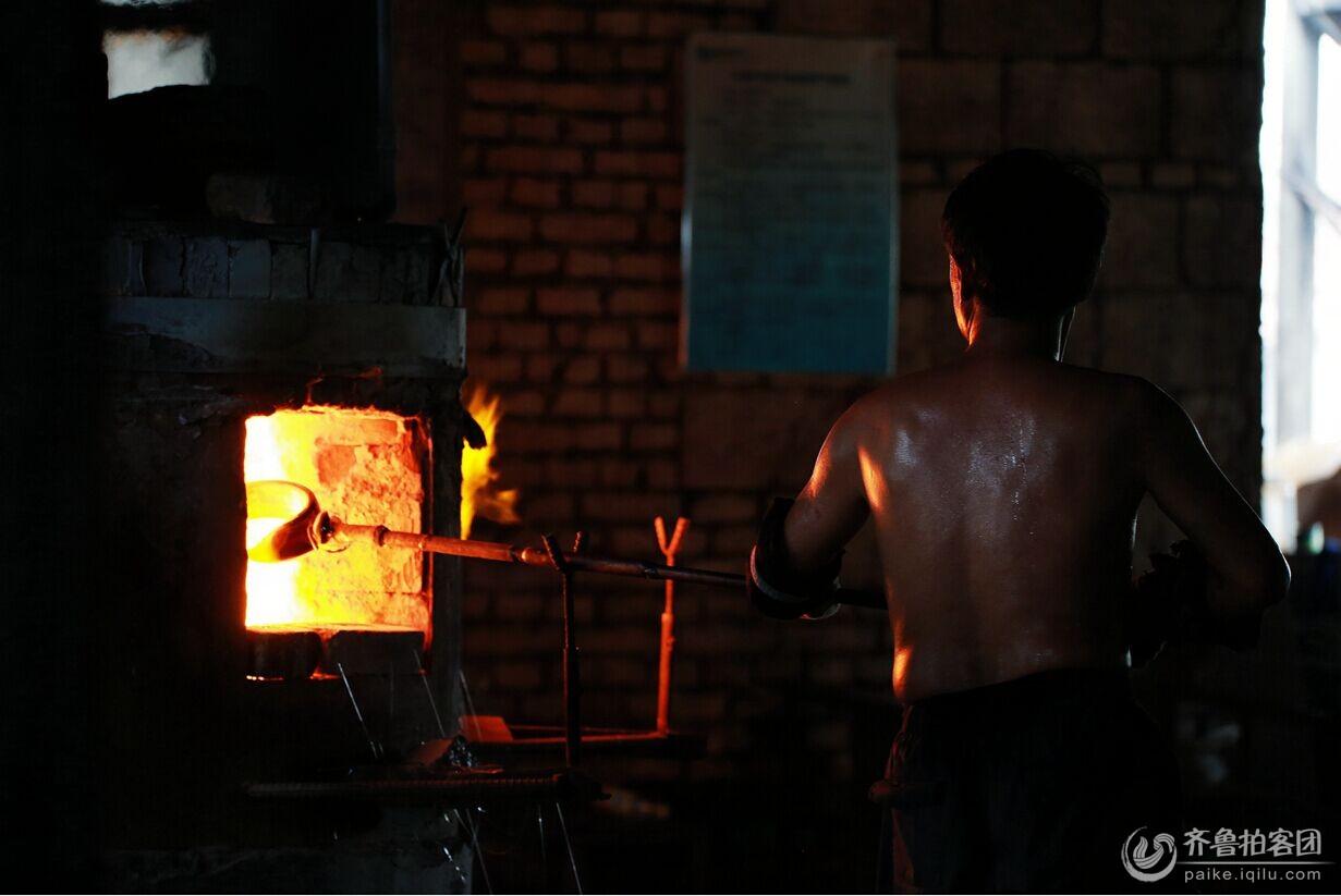 高温环境下工作的琉璃制作者(二)