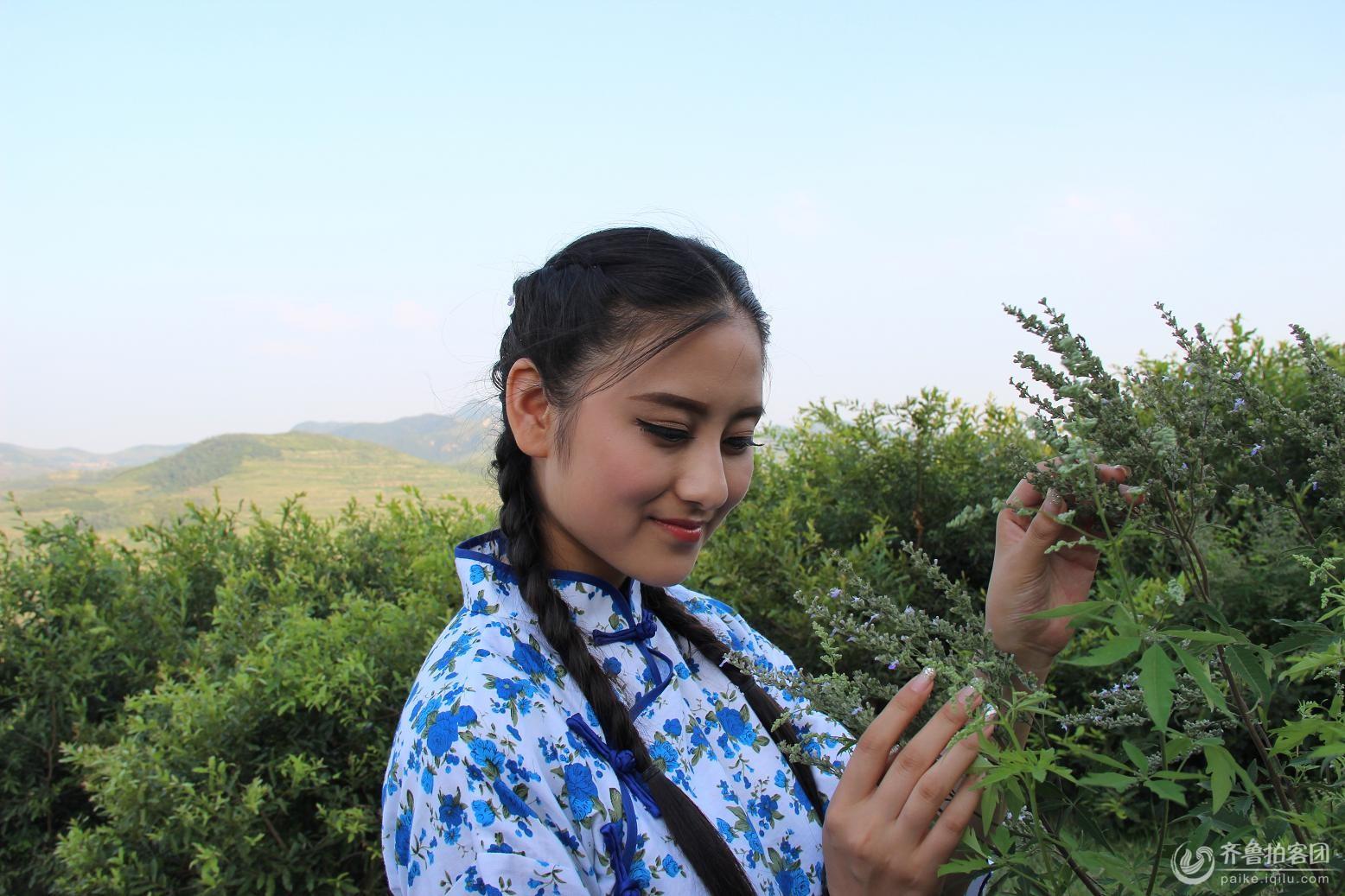 五莲黑虎山偶遇美丽的村姑
