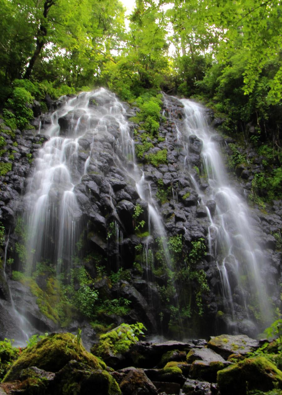 长白山望天鹅景区——瀑布