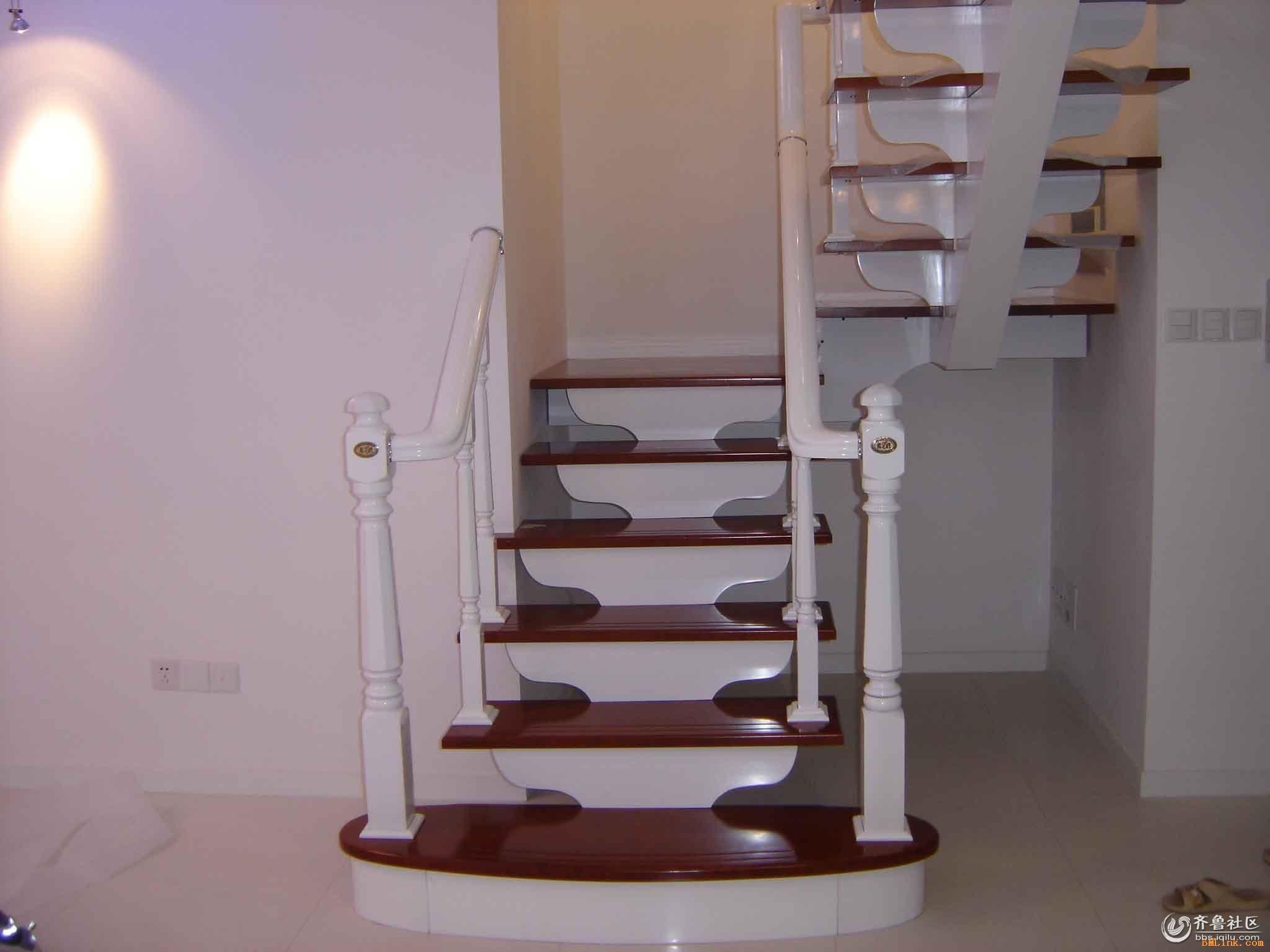 实木楼梯钢木楼梯旋转楼梯工程楼梯扶手