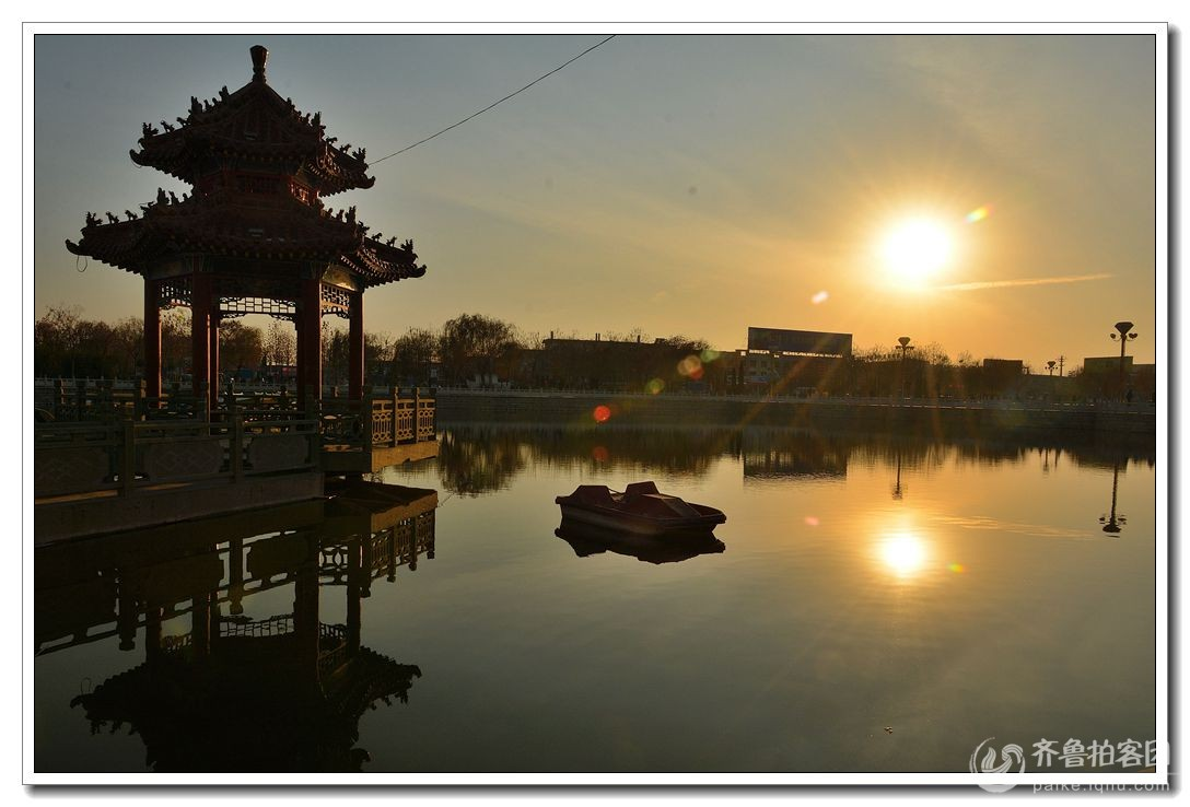 大美郓城 夕阳下的唐塔广场