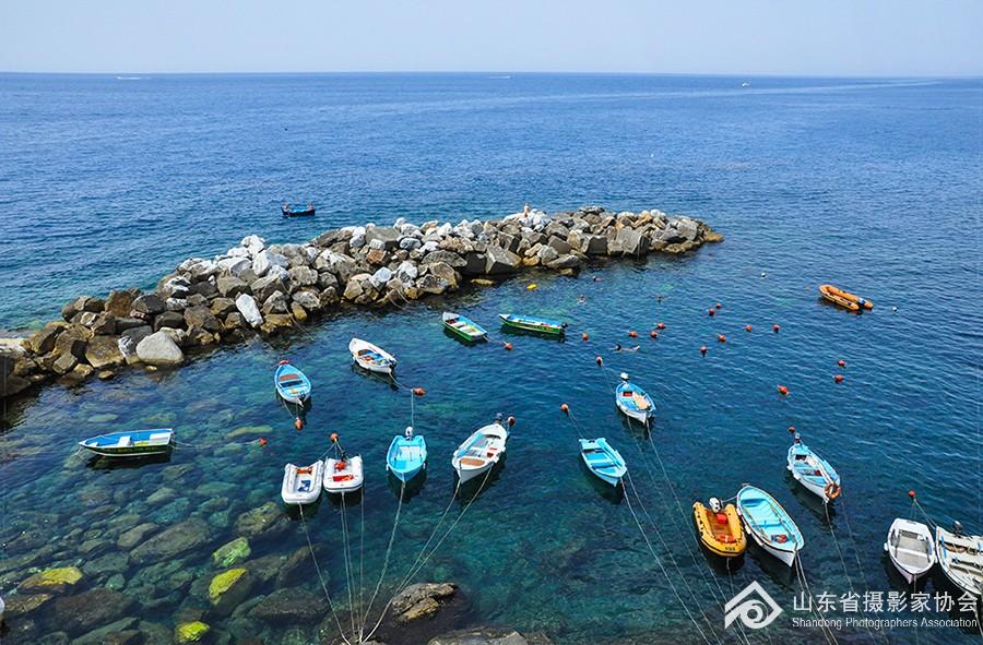 王卉-热亚那湾之夏-2.jpg