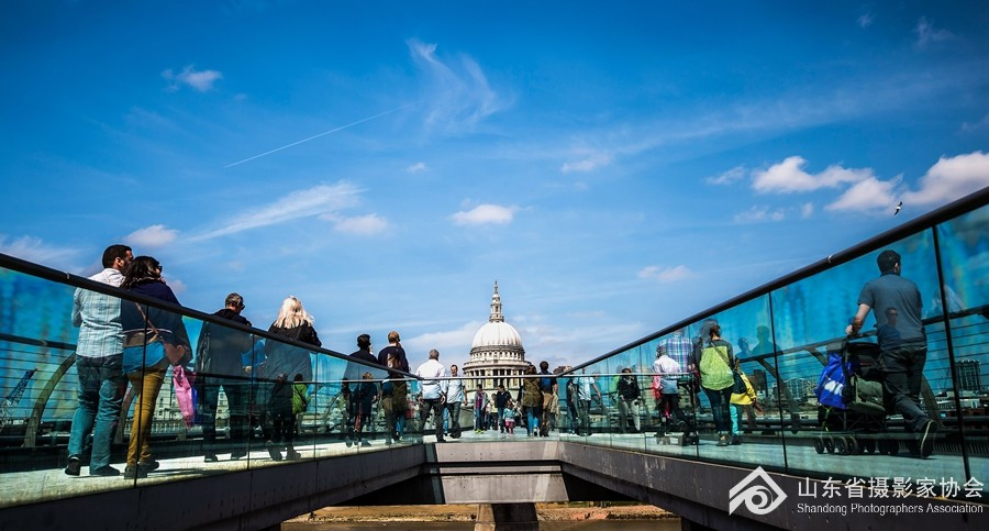 伦敦千禧桥