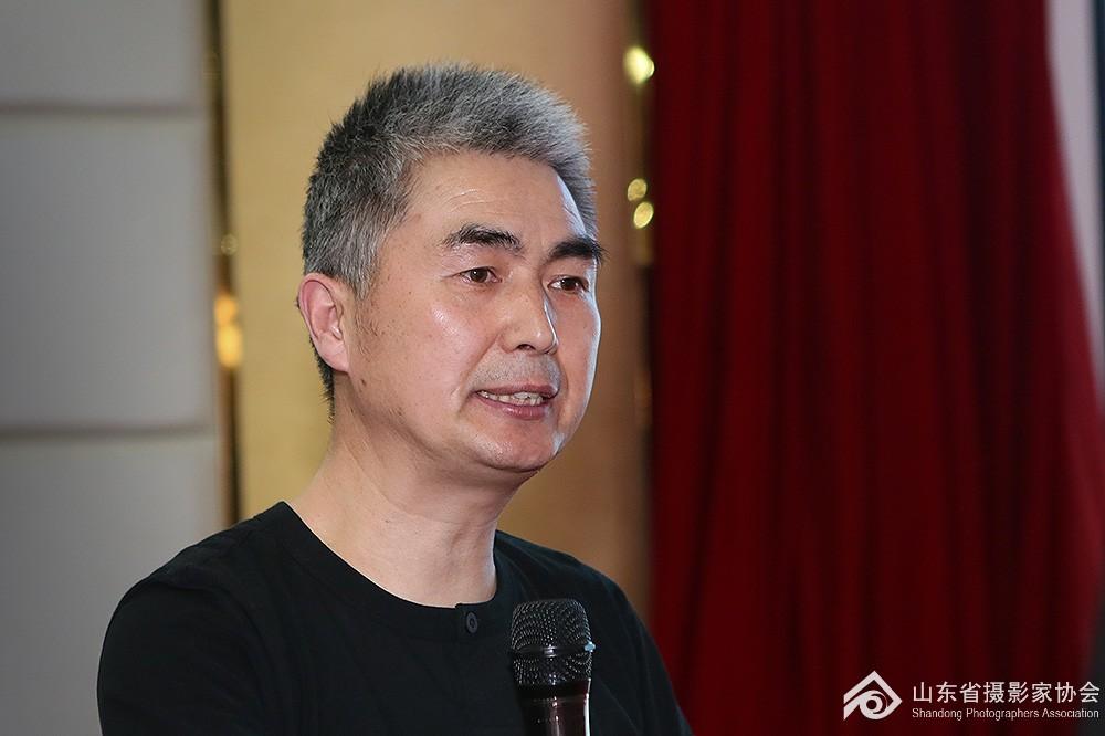 唐东平教授授课