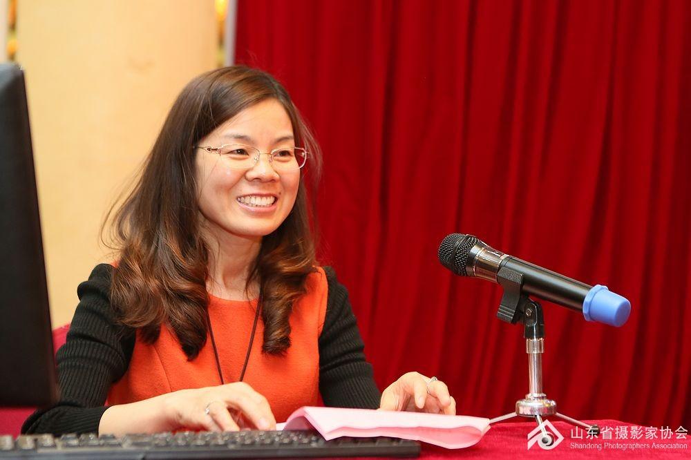 26期优秀学员代表李慧霞发言