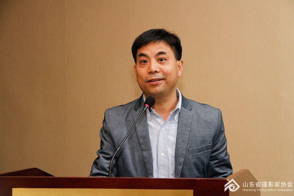 新华社山东分社图片总监范长国分享摄影工作经验