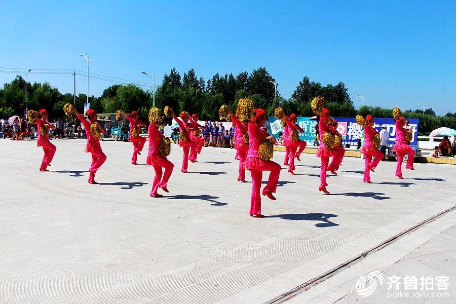 祝贺山东省第二届银龄杯广场舞比赛郓城赛区胜利举办