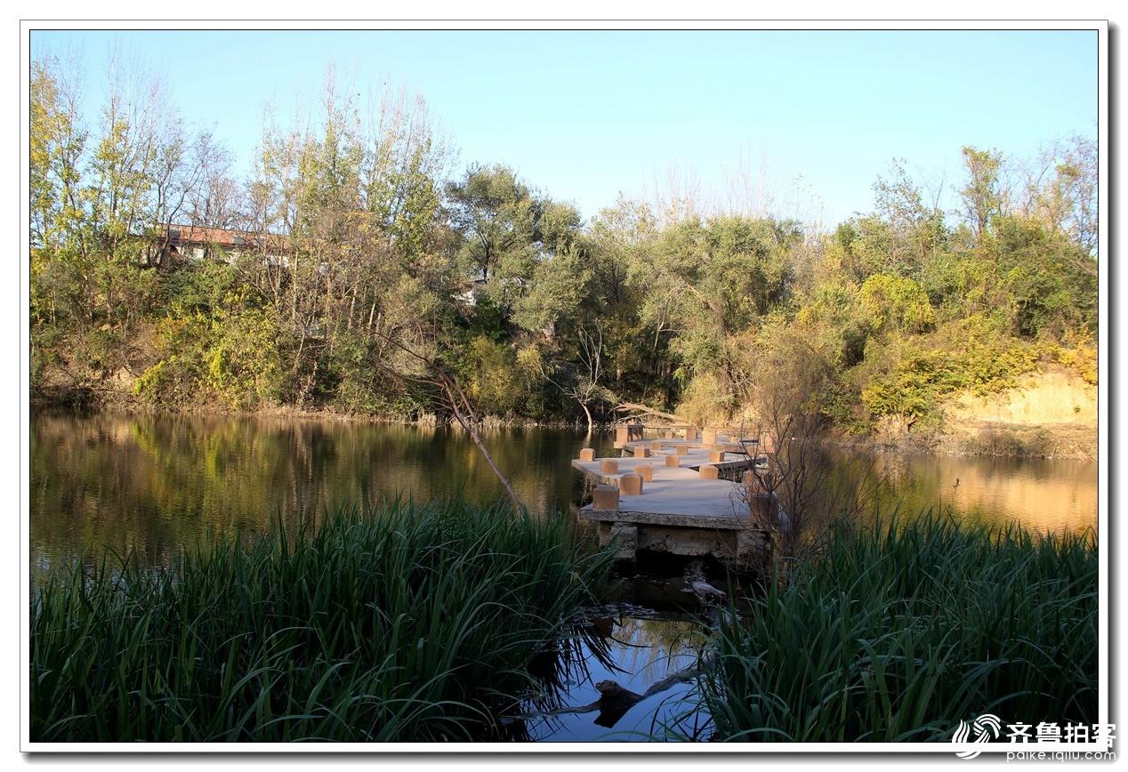 金色青龙湖