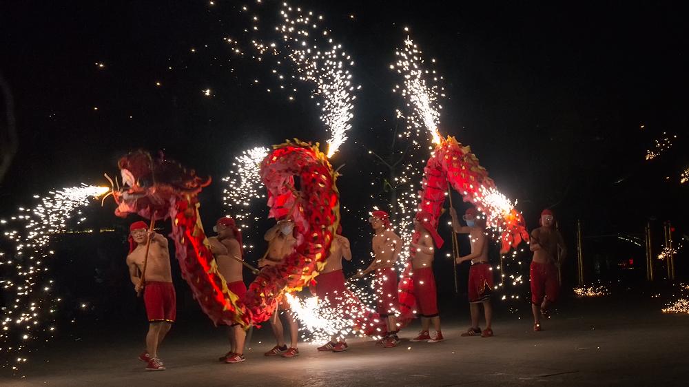 《火龙迎春》-提前祝各位老师影友2018年春节快乐