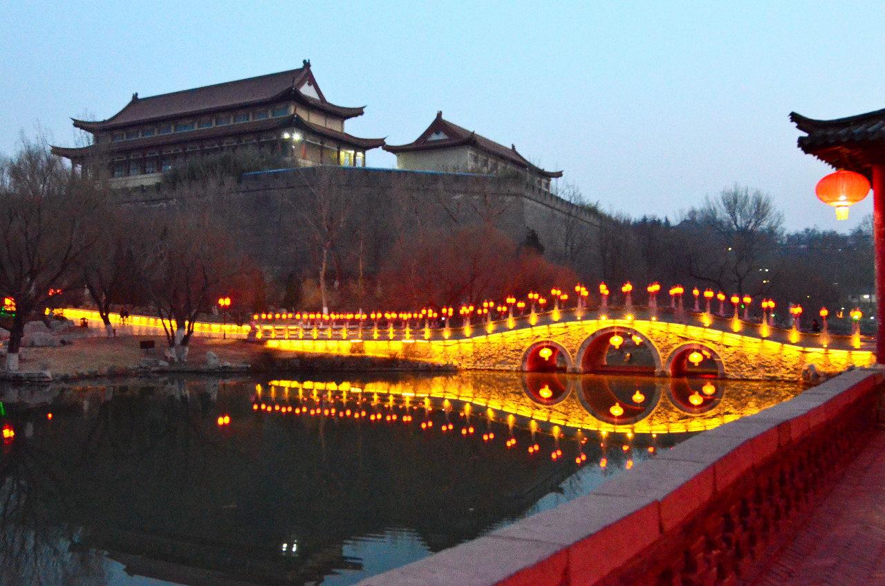 范公亭公园夜景(三)