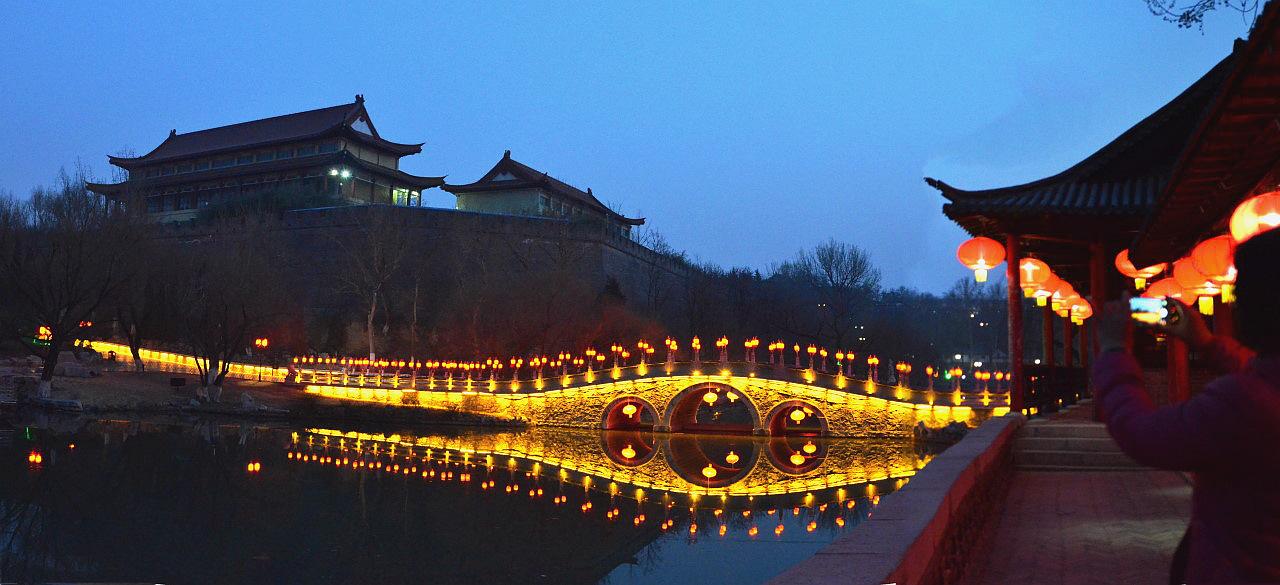 范公亭公园夜景(四)