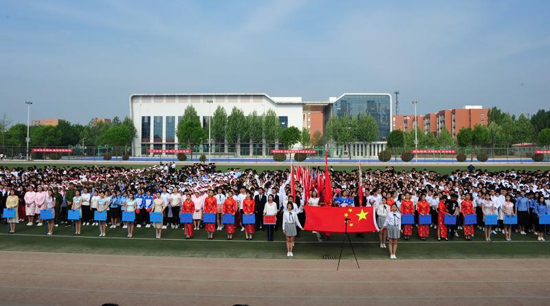 一场别开生面的运动盛会-菏泽医学专科学校运动会采拍