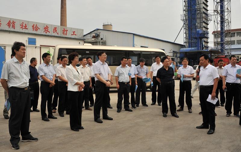 河南省供销社考察团赴郓城考察土地托管等工作