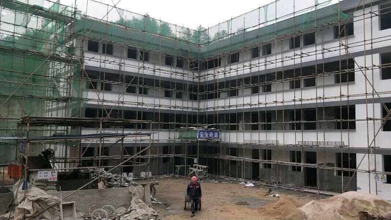 正在建设中的汉中汉台特困户居住区