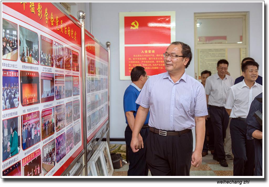 省委老干局领导在安丘3.jpg