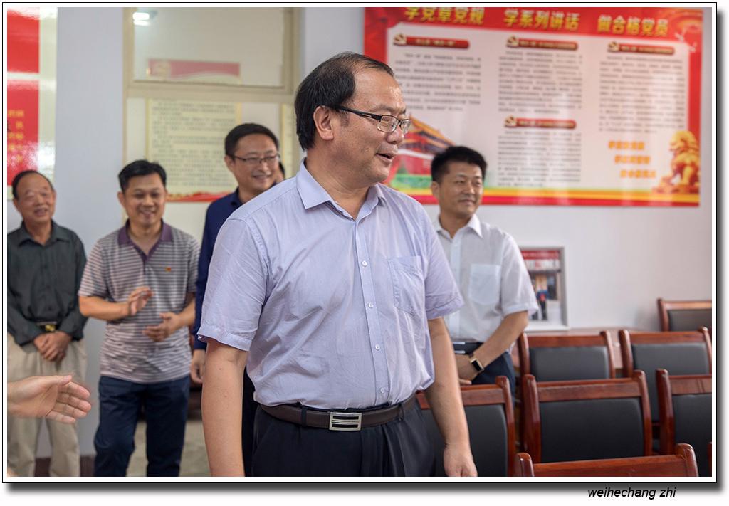 省委老干局领导在安丘11.jpg