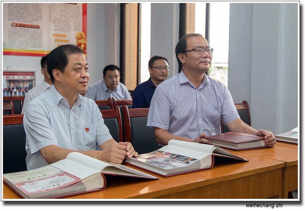 省委老干局领导在安丘13.jpg