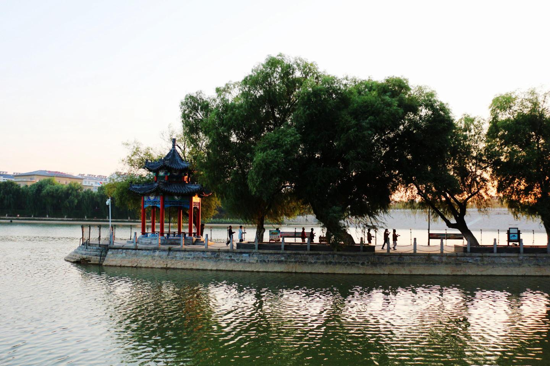 南阳湖晨景(9).jpg
