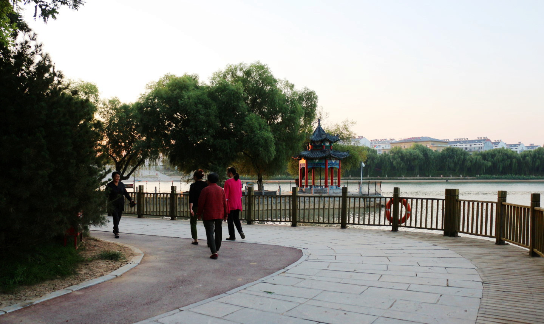 南阳湖晨景(10).jpg