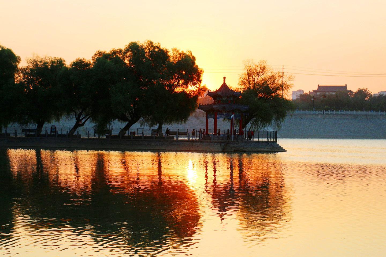 南阳湖晨景(11).jpg