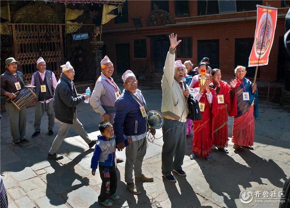 17-在街头竞选的尼泊尔人.jpg