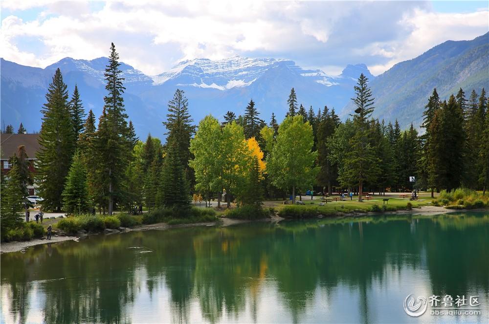 20-班芙秋季周边的湖泊和群山.jpg